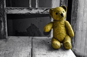 old-teddy-bear_640